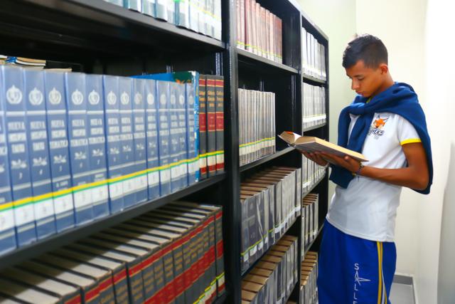 Biblioteca-3.jpg