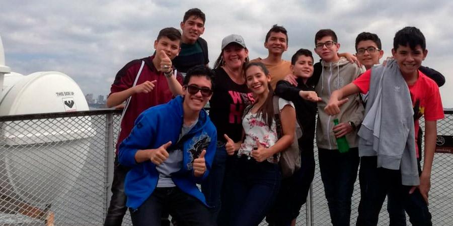 estudiantes en new york la salle bga