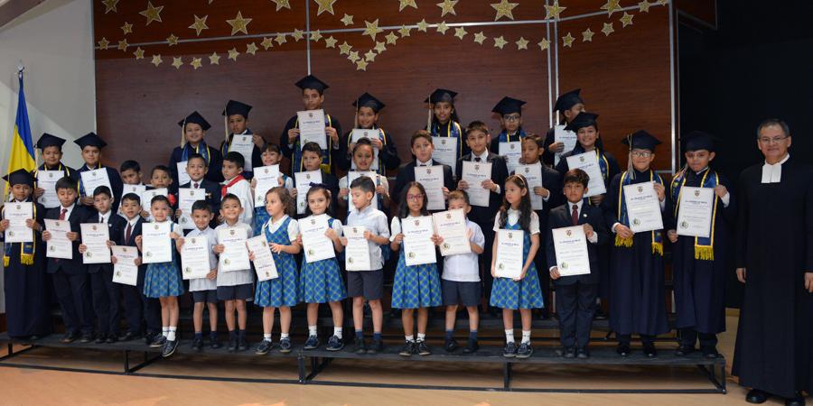 Ceremonia de clausura de primaria 2018