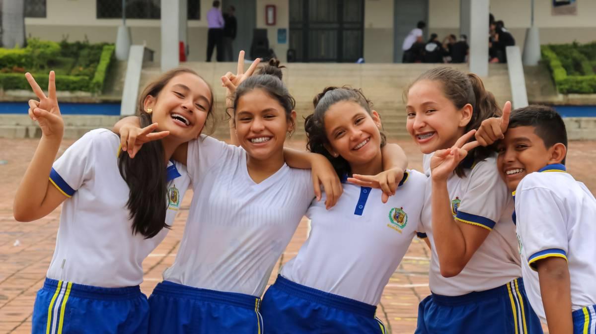 306eb41a Amigos Colegio La Salle. Colegio La Salle Bucaramanga